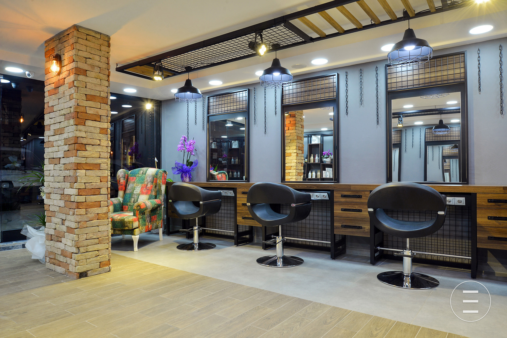 İzmir - Eva Hair Makeup Saloon