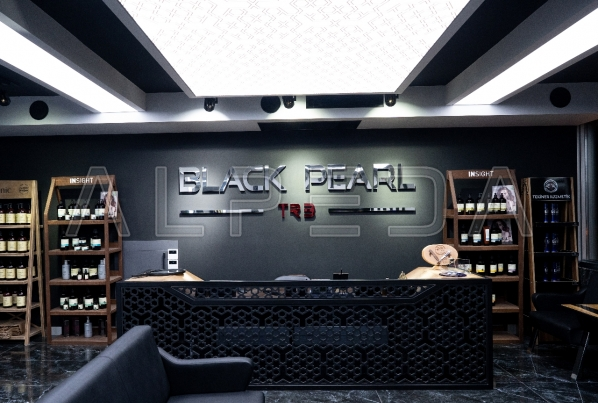 Trabzon - Black Pearl